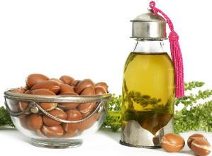 arganový olej z Maroka